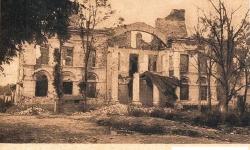 Zniszczony Ratusz.